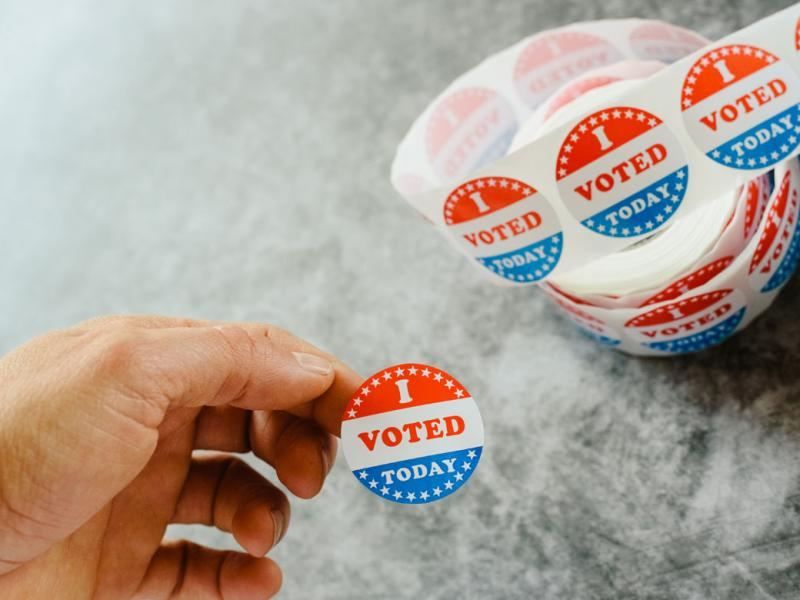 "Stickers with the words ""I voted"""