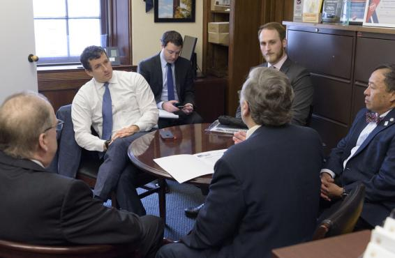 Indiana doctors in Washington for the 2020 AMA National Advocacy Conference, meet with Rep. Trey Hollingsworth, R, Ind.