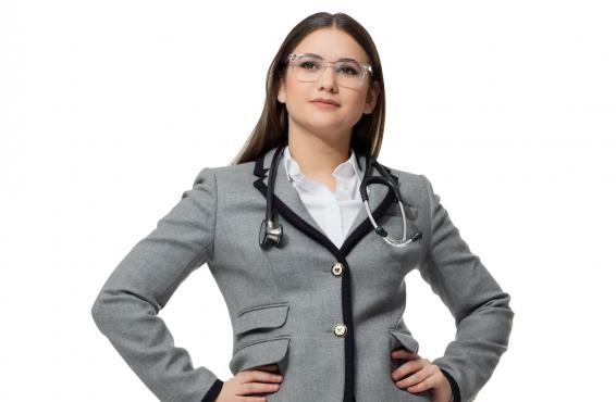 Nara Tashjian, a fourth-year medical student and MBA candidate